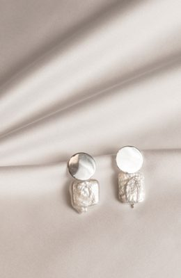 circle lush earrings best accessory