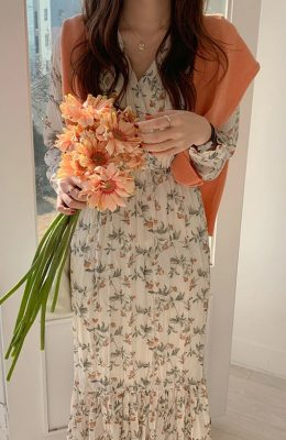 pleated-midi-cream-dress floral